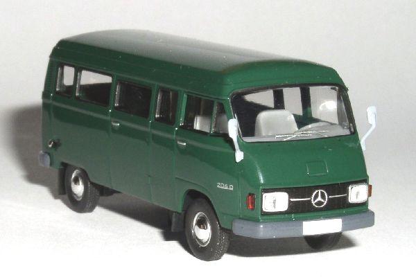 Mercedes Benz L206